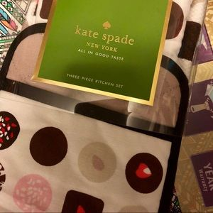 NWT Kate Spade ♠️ 3-piece kitchen set